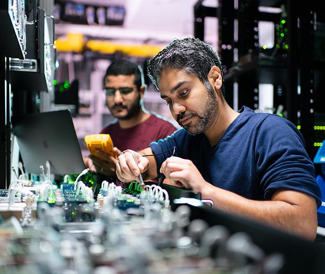 Hardware - Jobs at Apple