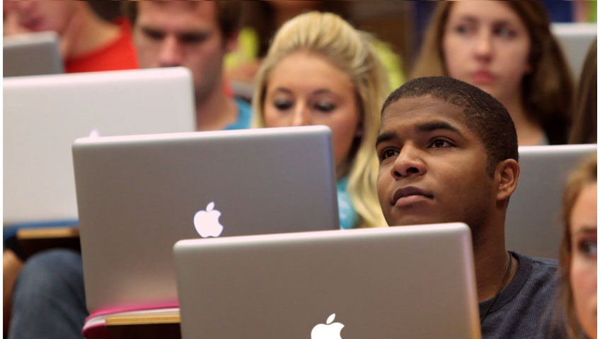 Appleと教育 - リアルなストーリー - ミズーリ大学ジャーナリズム学部 - Apple(日本)