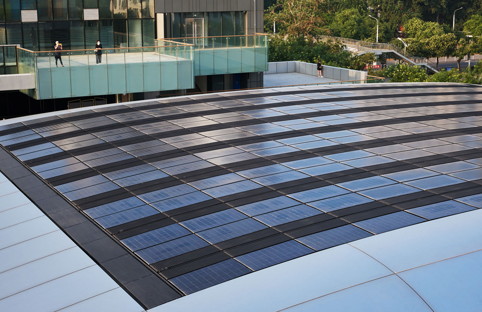 The solar array of the Apple Sanlitun store.