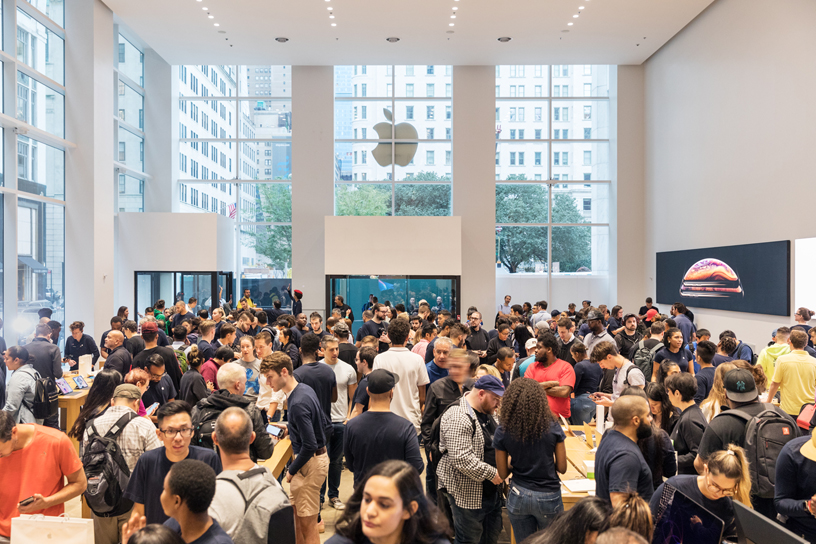 Crowds inside Apple Fifth Avenue in New York City.