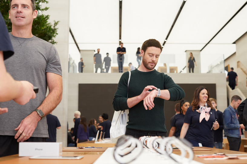 Customer trying out the Apple Watch Series 4.