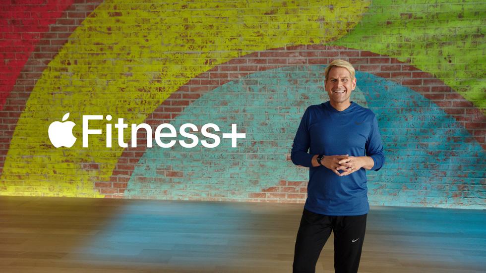 제이 블라닉(Jay Blahnik)이 Apple Fitness+를 소개하고 있다.