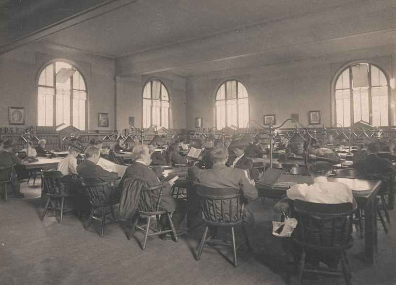 The library's first floor reading room in 1908.