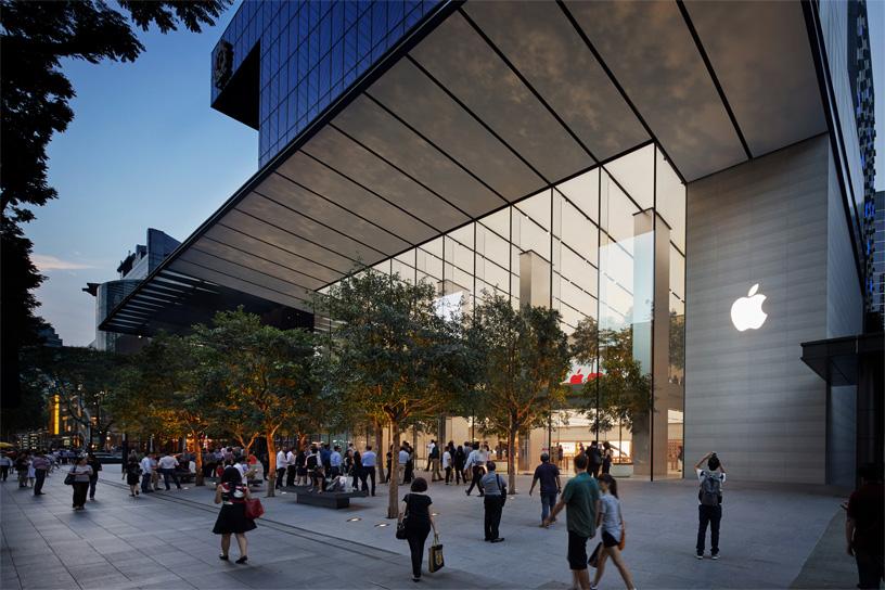 Apple Store tại Orchard Road, Singapore. Ảnh: Apple