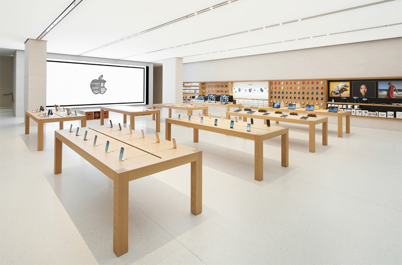 Apple Opens Its First Store In Austria Saturday Apple
