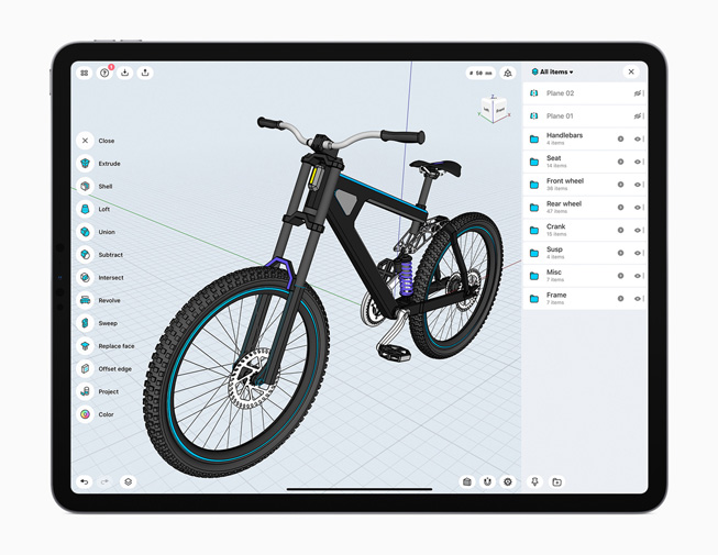 The Shapr3D app displayed on iPad Pro.