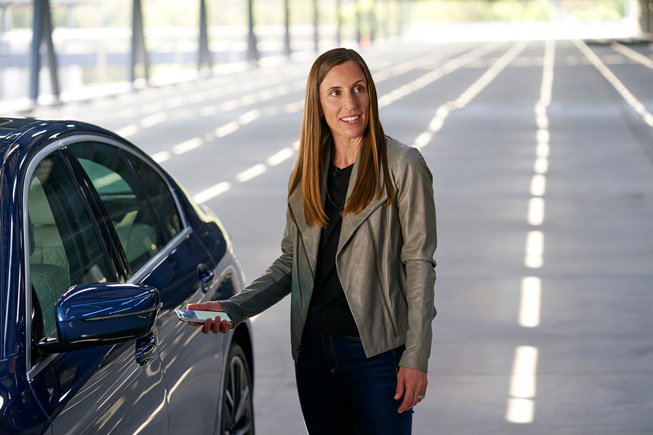 Emily Schubert showcasing digital car keys at WWDC20.