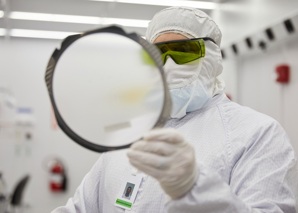 A II-VI lab technician at the Sherman, Texas, manufacturing facility.