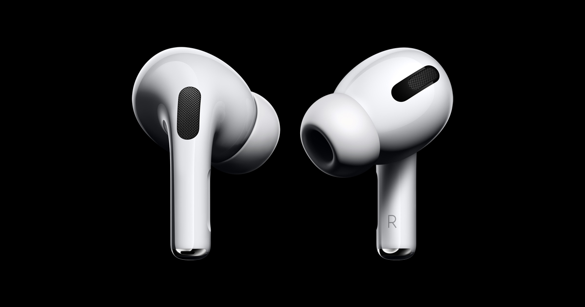 airpods pro in ear black