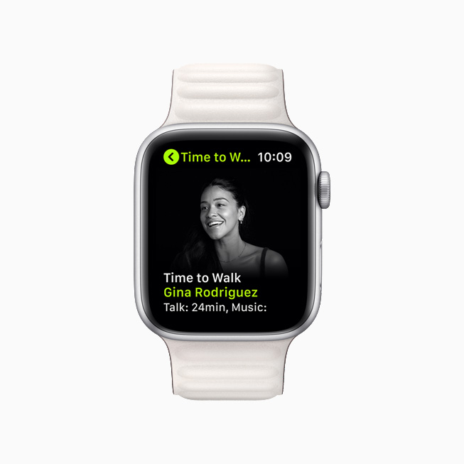 Gina Rodriguez on a new Time to Walk episode on Apple Watch Series 6.