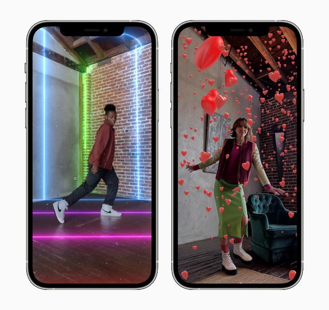 2台の iPhone 12 Pro にそれぞれ表示された、AR空間エフェクトのプリズムとハート