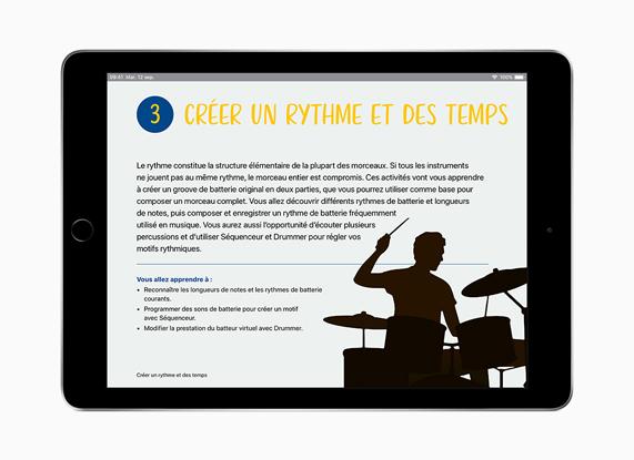 iPad con 'Creatività per tutti' in francese.