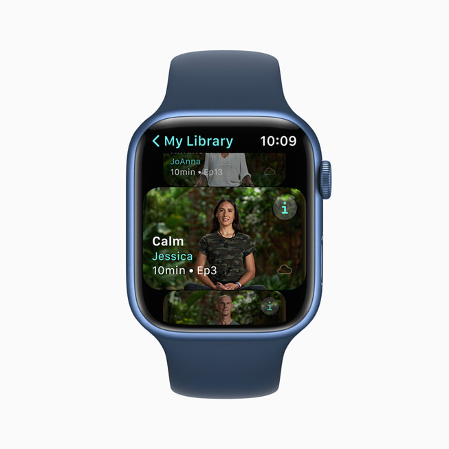 An Apple Fitness+ trainer Jessica leads a guided Meditations session on Apple Watch Series 7.