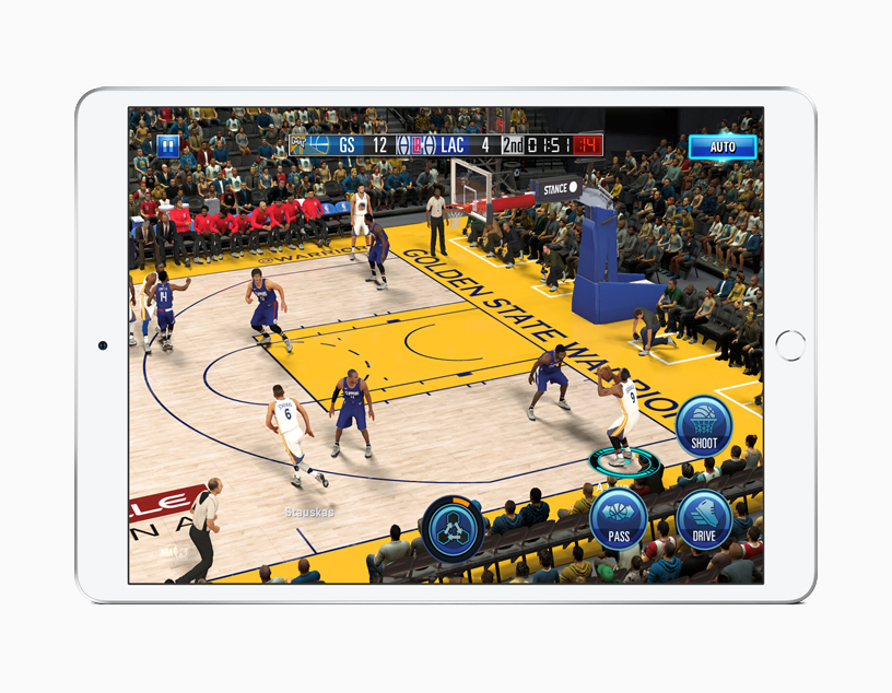 App NBA 2K de iOS en el iPad Air.