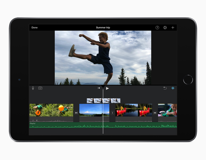 Aplicación iMovie para iOS en iPad mini.