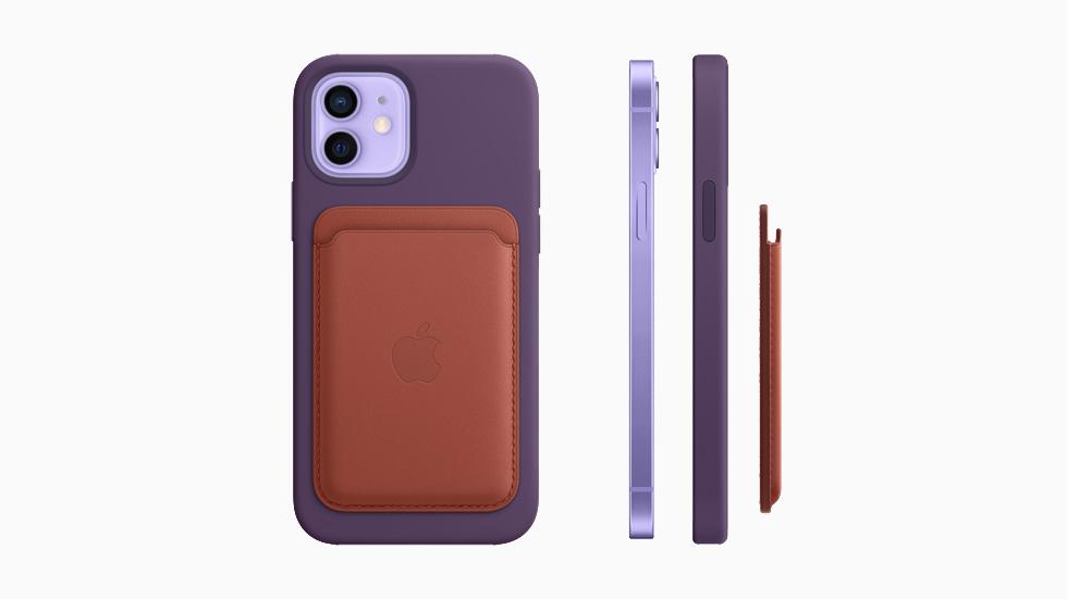 MagSafe 皮革銀包貼在包上矽膠護殼的紫色 iPhone 12 上。