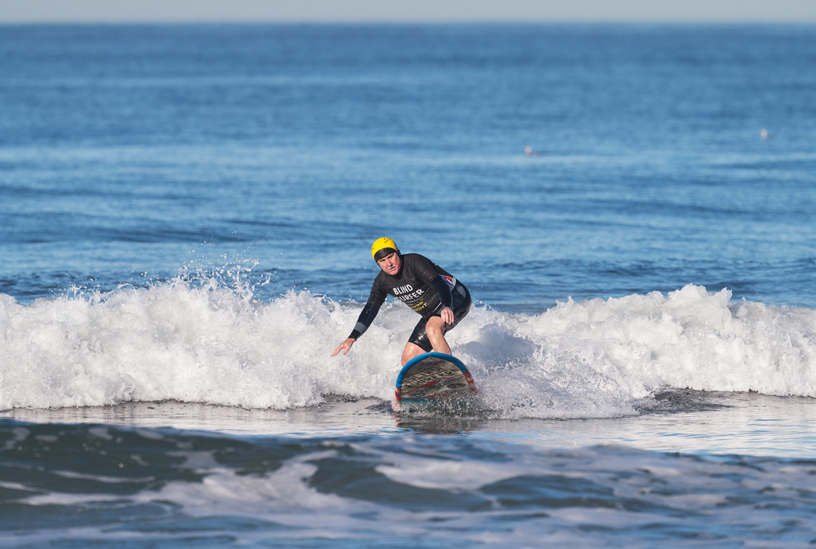 Scott Leason surfing.