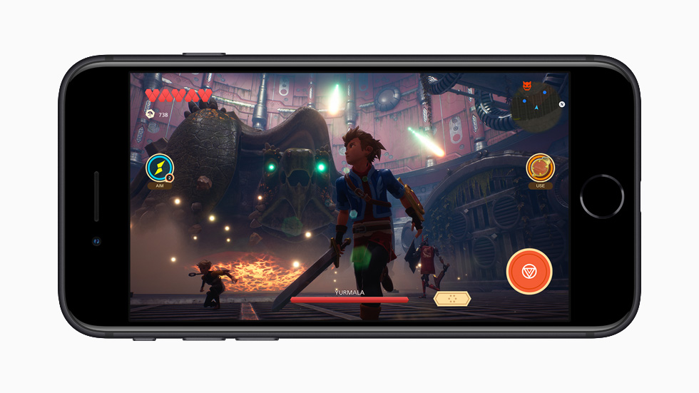 iPhone SE affichant un jeu Apple Arcade.