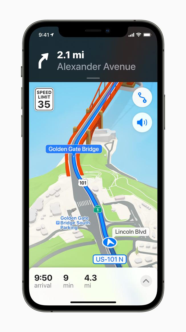 iPhone 12 Pro'da görüntülenen daha ayrıntılı Apple Haritalar navigasyonu.
