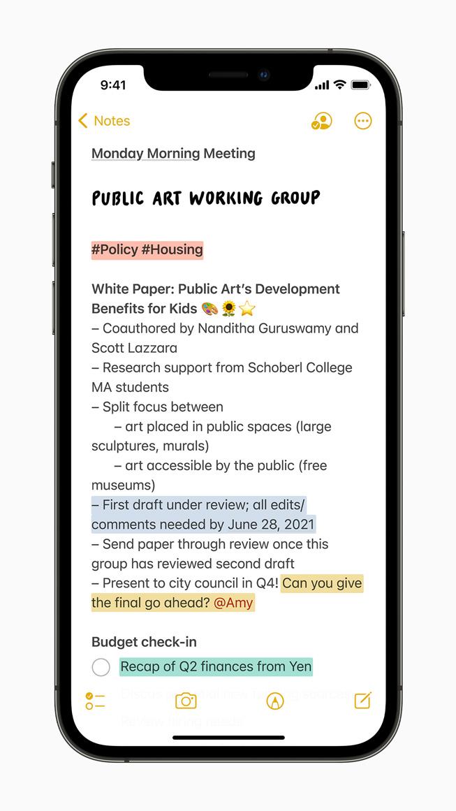 iPhone 12 Pro'da görüntülenen Notes'taki yeni etiketleme özelliği.
