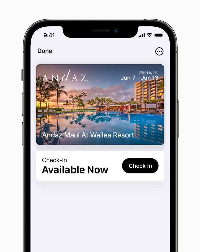 iPhone 12 Pro'da Apple Cüzdan'da görüntülenen dijital bir otel anahtarı.