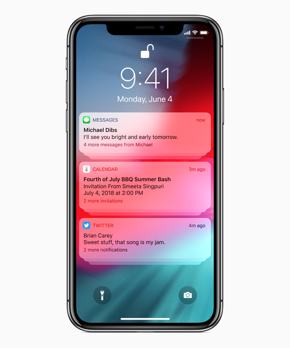 Écran de l'iPhone X affichant les notifications de Messages, Calendrier et Twitter.