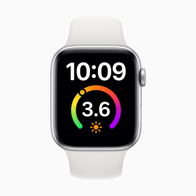 The X-Large watch face displayed on Apple Watch Series 5.