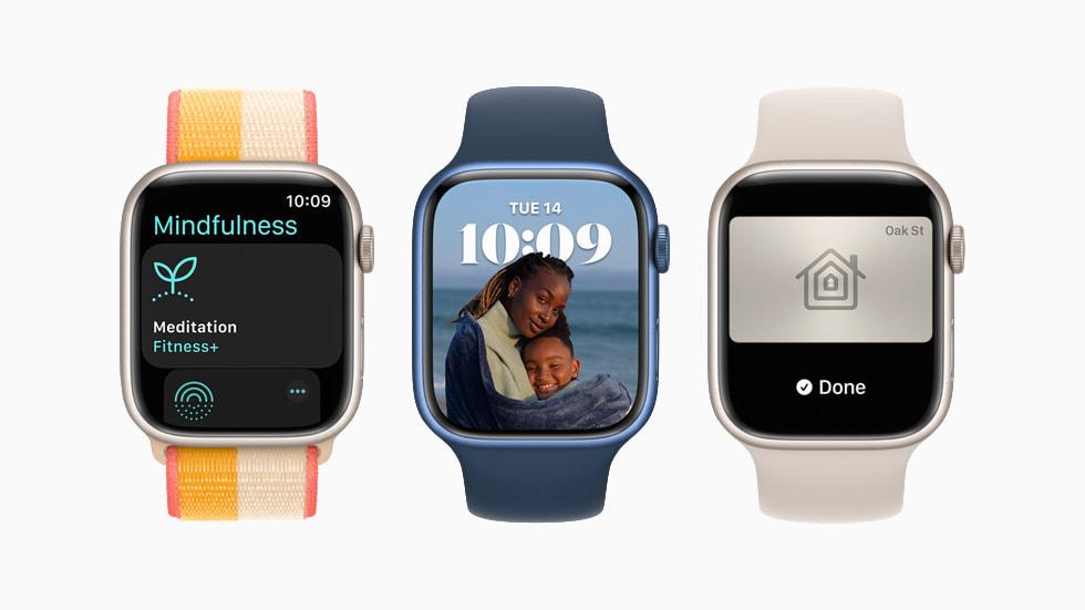 Tre Apple Watch Series 7 con watchOS 8.