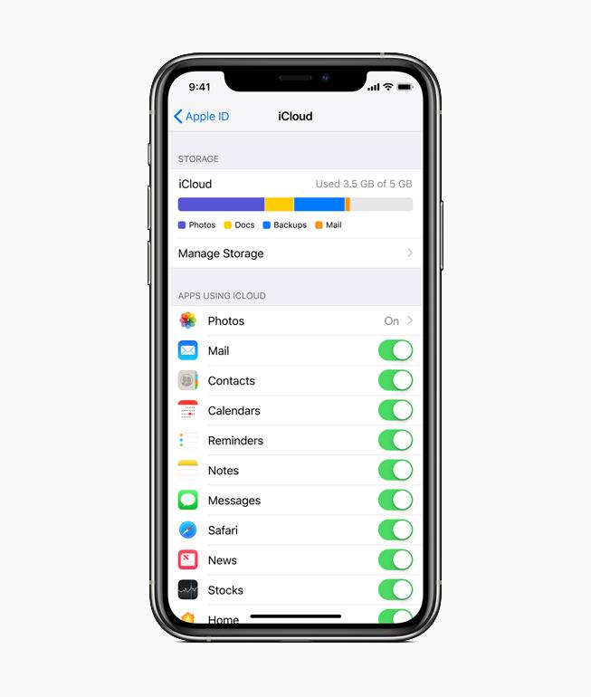 iPhone mostrando la pantalla de iCloud.