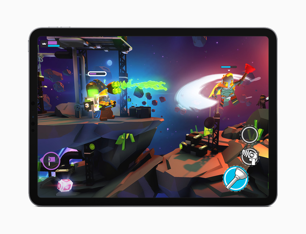 iPad visar Apple Arcades LEGO Brawls.