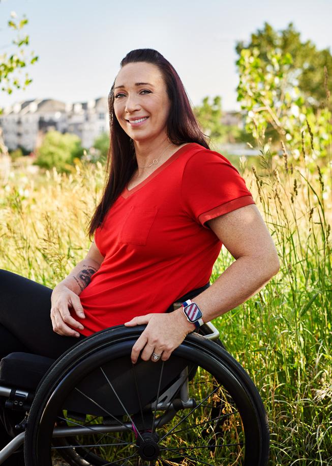 Amy Van Dyken posing with Apple Watch Series 6.