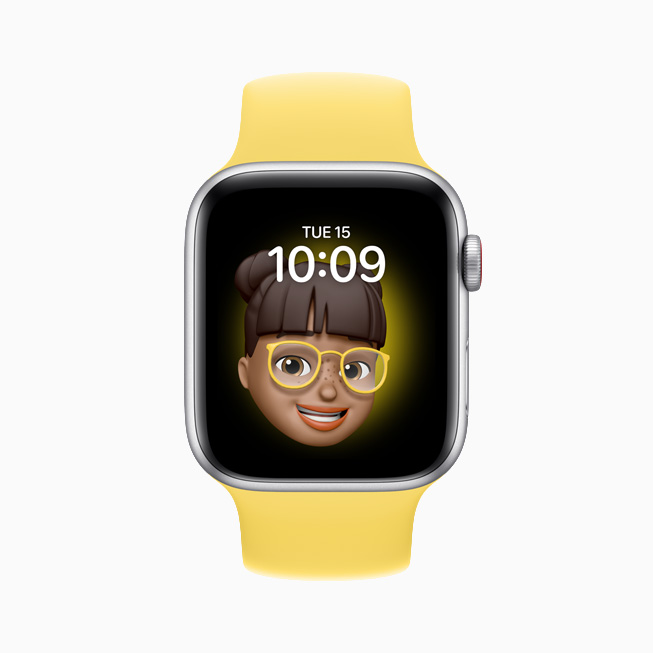 A Memoji displayed on Apple Watch SE.
