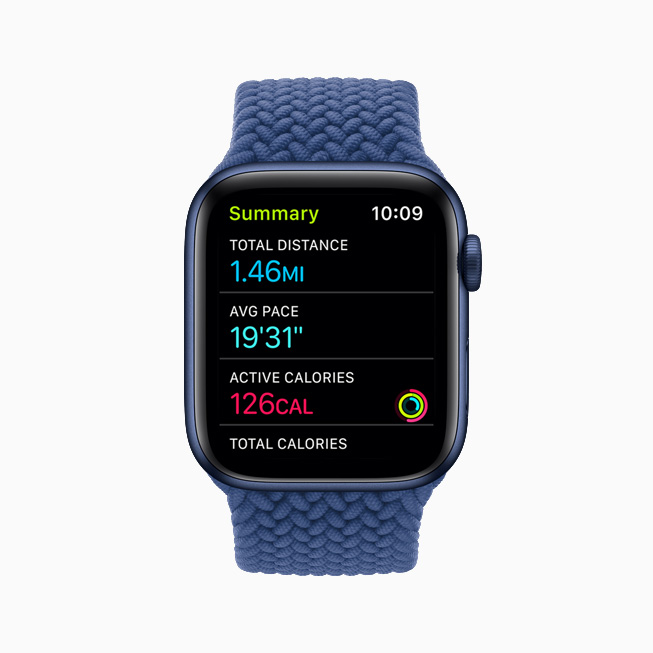 A Walk workout summary displayed on Apple Watch.