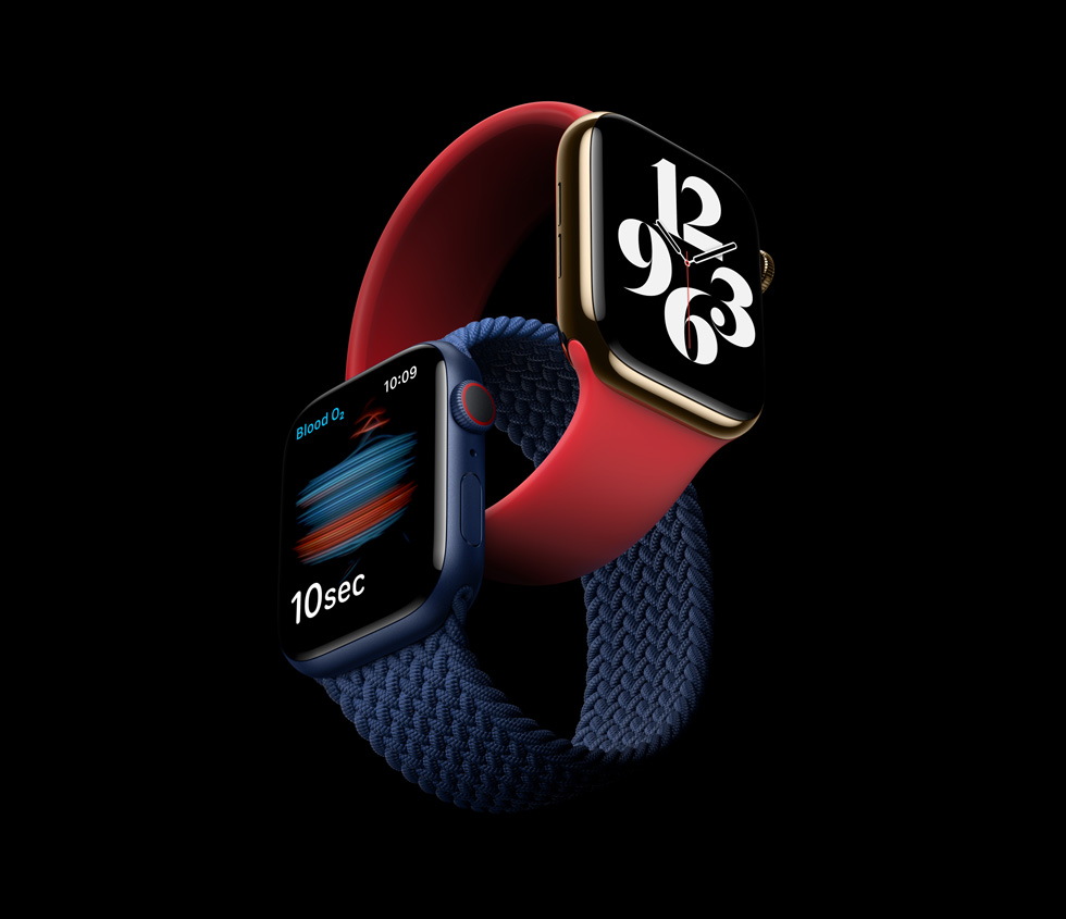 Deux modèles d'Apple Watch Series 6.