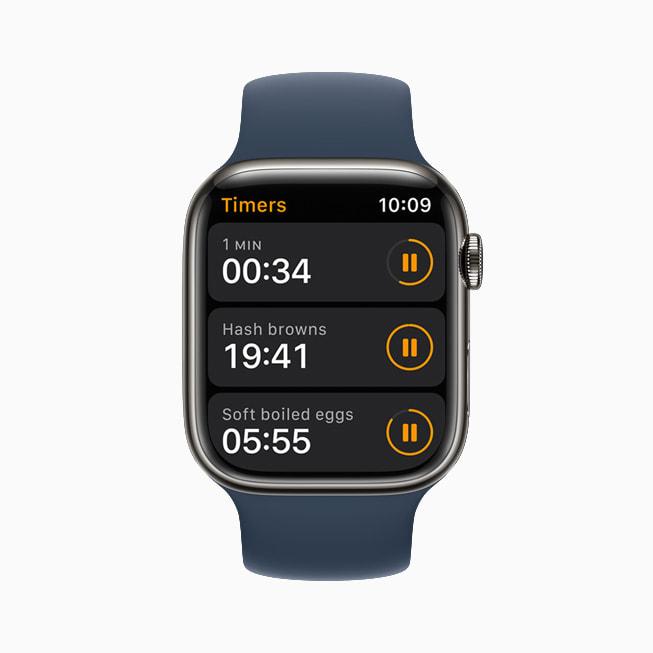 Un Apple Watch Series 7 che mostra l'app Timer in watchOS 8.