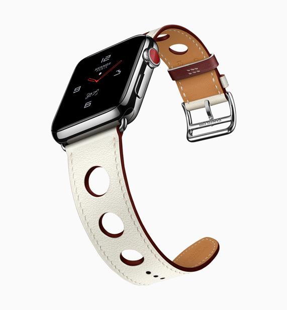 a232e78d489 A pulseira Simple Tour Rallye é inspirada nas clássicas luvas de couro da  Hermès.