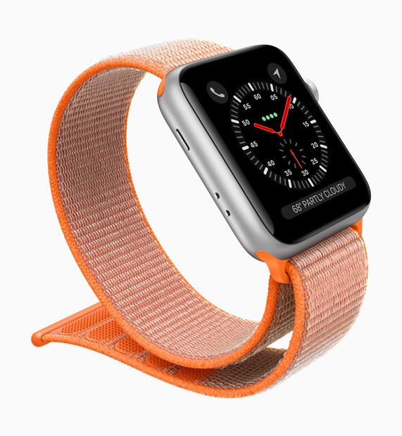 ea8d4c4d885 Conception innovante de l antenne qui utilise l écran pour la transmission  et la réception. L Apple Watch Series 3 ...