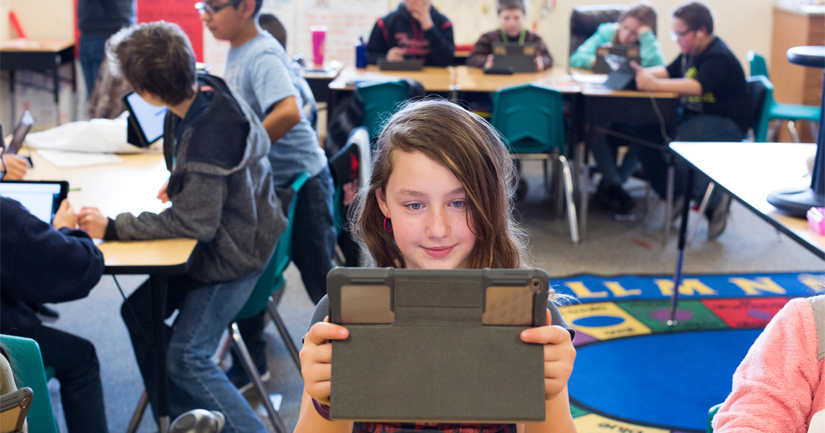 Students Succeed At Their Own Speed With Ipad And Mac Apple