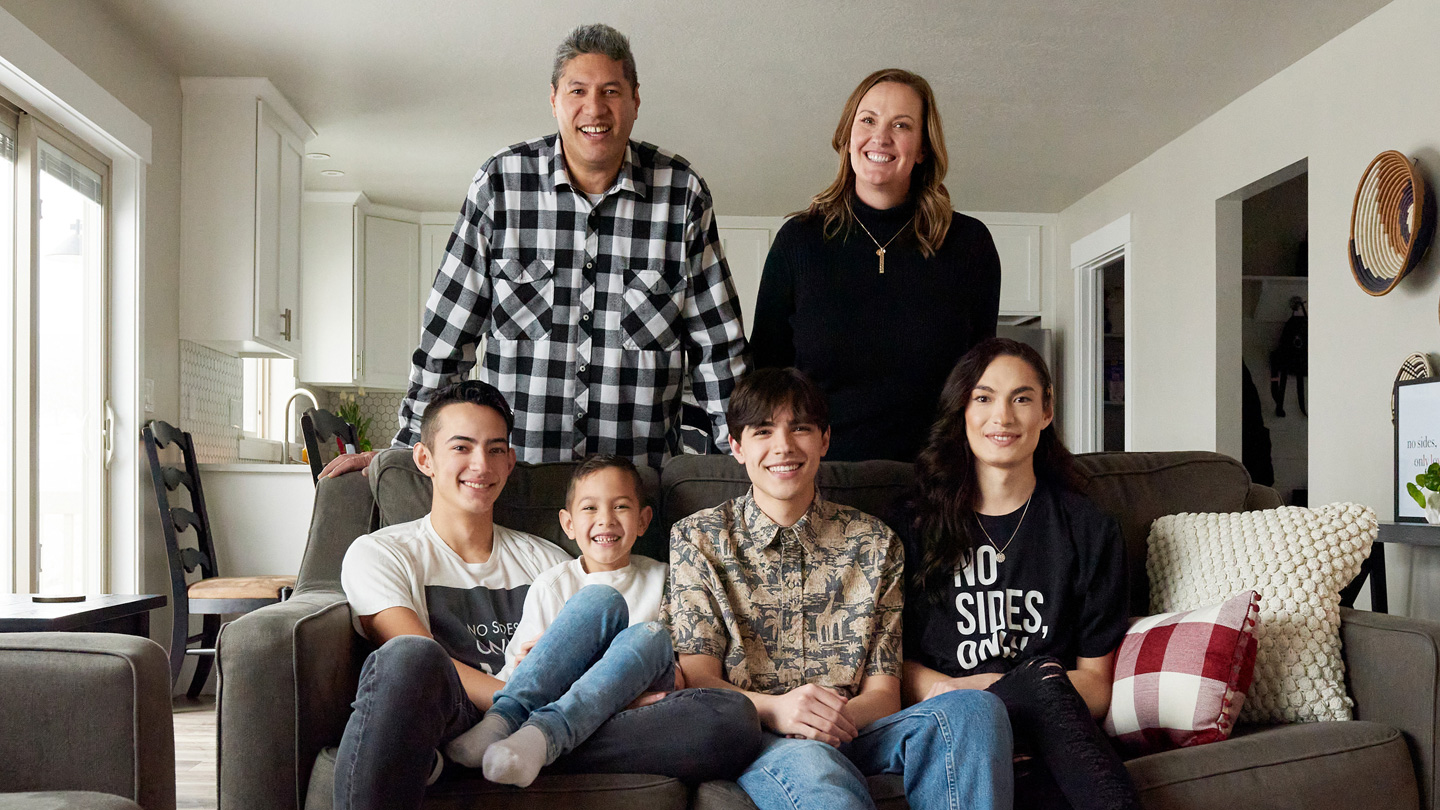 Family portrait of the Toelupes. Back row, from left: Packard and Chrisann Toelupe. Front row, from left: Gabe, Kainoa, Micah, and Kristian Toelupe.
