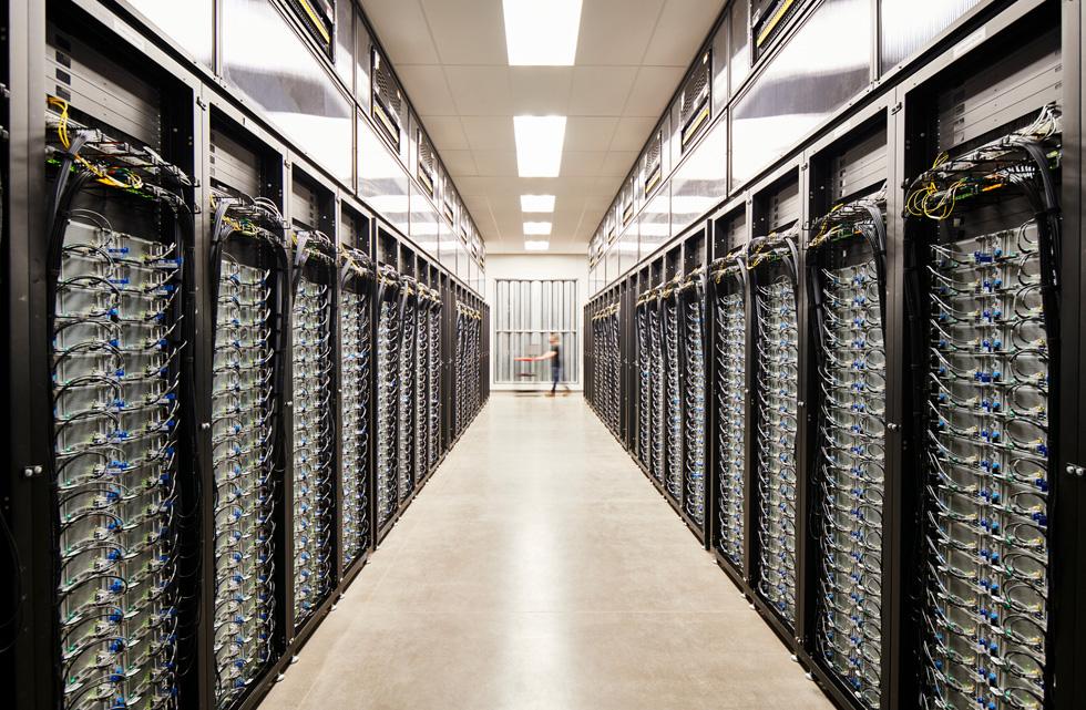 Server room at Apple's Reno data centre.