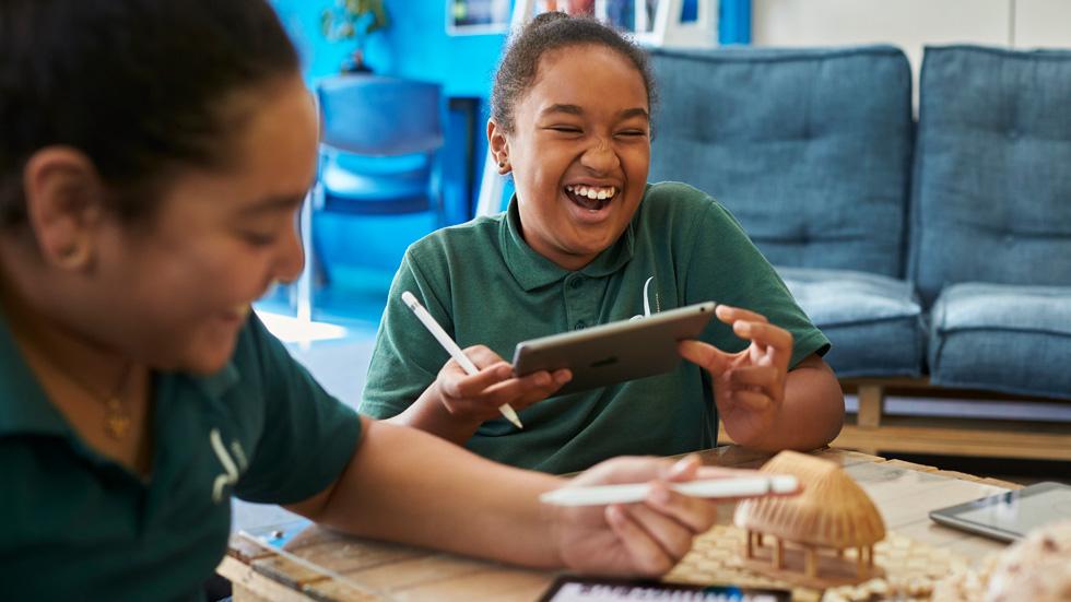 Bromley School students Amelia Abohay and Leonie Bradbrook using iPad and Apple Pencil.