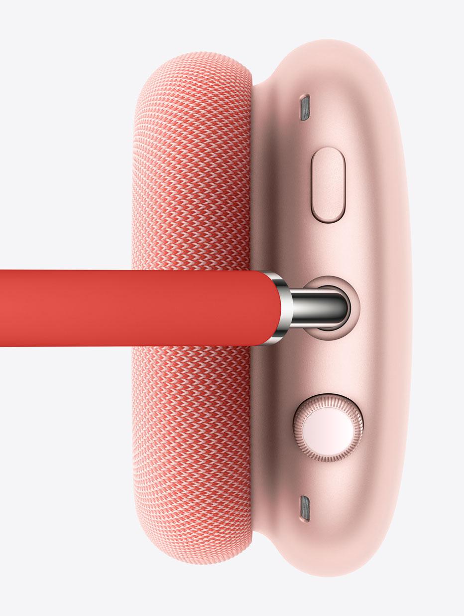 Memiliki Digital Crown yang terinspirasi dari Apple Watch